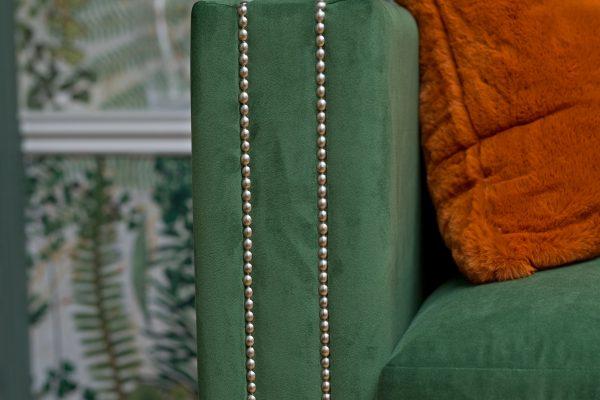 _91A5115_1 sofa deatil and fern paper